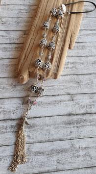 Lange Halskette mit Glasperlen und Kaffeekapseln