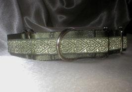 Herzensbande oliv-olivgrün, Martingale 2,5 cm
