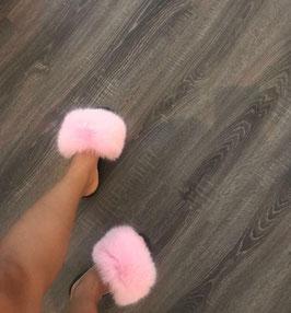 Fox Fur Slides in Rosa