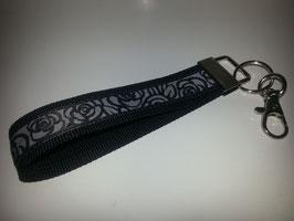 Schlüsselband - schwarz mit Rose