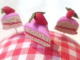 Stecknadel Torte - Erdbeere