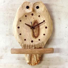 ふくろうの掛け時計(お目覚めタイプ)