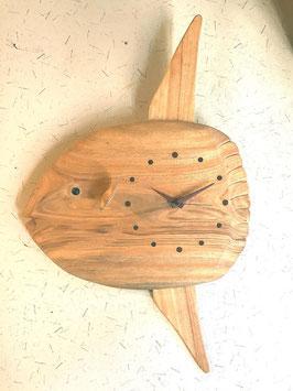 マンボウの掛け時計