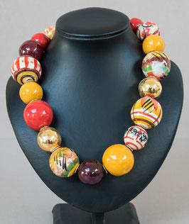 Kette mit hohlen Perlen rot/gelb