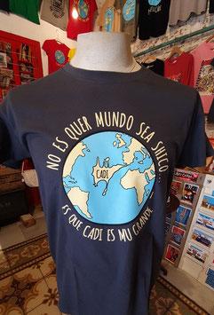 """Camiseta """"No es quer mundo sea shico... es que Cadi es mu grande"""" Hombre color gris"""