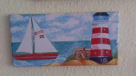 Segelboot mit Leuchtturm