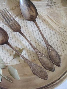 Shabby: Wunderbare alte Besteckteile aus Frankreich 3-er Set