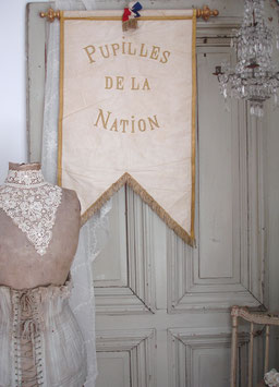 RESERVIERT!! Antike Prozessionsflagge ca. 1920 Frankreich