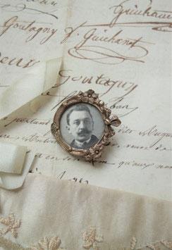 Antike kleine Foto Brosche um 1900 aus Frankreich