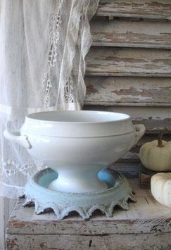 Shabby: Alte Keramik Terrine aus Frankreich
