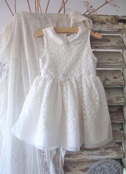 Süßes vintage Mädchen Kleid mit besticktem Tüll