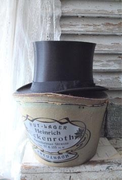 Dekorative alte Hutschachtel inkl. Zylinder 1900
