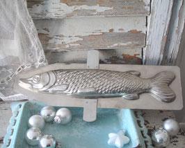 Sehr große alte Schokoladenform Fisch aus Frankreich