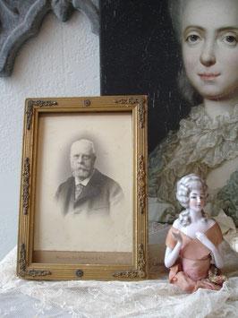 Antiker Holzstuckrahmen mit Porträt um 1900