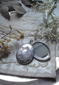 Zauberhaftes antikes Spiegel Medaillon Frankreich