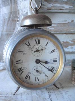 Shabby: Dekorativer alter Glocken Wecker aus Frankreich