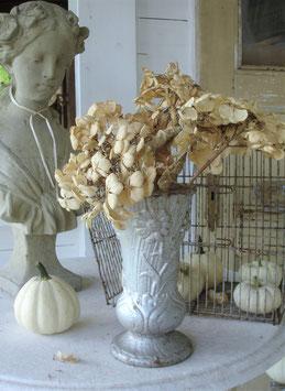 Shabby: Jardiniere / Metall Gartenvase mit Patina