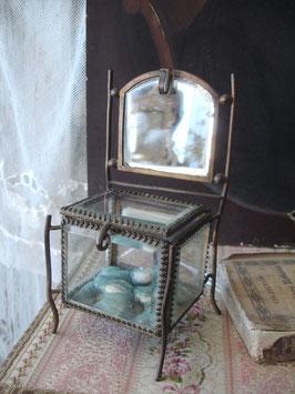 Antiker Uhrenständer mit Schmuckschatulle um 1900