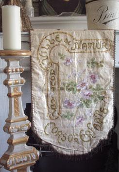 Antiker französischer Seiden Banner Namur 1907