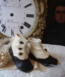 Zauberhafte antike viktorianische Puppen-/ Baby Knopfschuhe