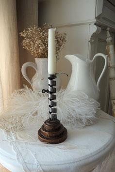 Dekorativer antiker Kerzenständer aus Frankreich