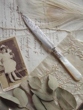 Antikes edwardianisches Dessert Messer Perlmuttgriff England