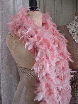 Shabby: Schöne alte Federboa rosafarbend