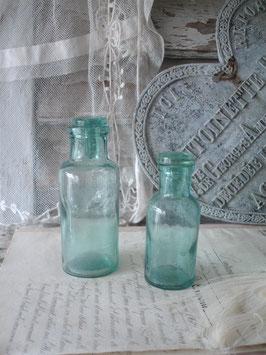 Antike Glasflaschen / Apothekerflaschen um 1900