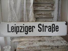 Altes Emaille Straßenschild Leipziger Straße