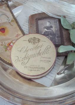 Wunderbare alte Schokoladen Schachtel aus Frankreich