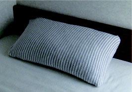 やわらかニットの枕カバー