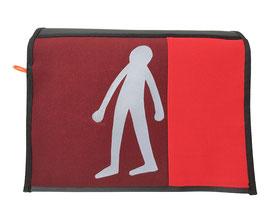 *Reflektor* Wechselklappe Figur stehend auf Rot