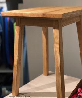 Hocker von der Holzmanufaktur Dittmer - Esche 35 x 35 Unikat