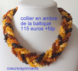 collier multicolore en ambre de la baltique 2