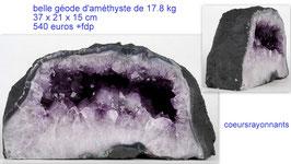 belle géode d'améthyste de 17.8 kg