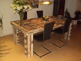 Sloophouten tafel