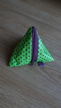 Pyramidentäschli grün/violett Punkte