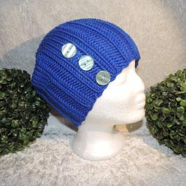 Long Beanie blau mit Knöpfen