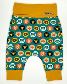 Zelené nohavice so zvieratkami