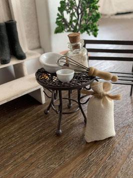 Wichtel Zubehör Tisch Metall Braun