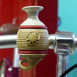 Die Fahrradvase, Modell Nr. 4 'sandbraun'