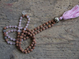 MALA Rose Necklace