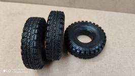 Reifen und Felgen Satz für FAUN 908