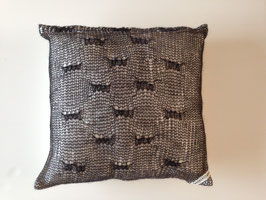 Kissenhülle 50x50 mit fein gewebtem Mohair-Bezug