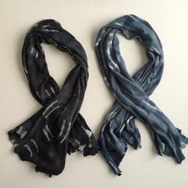 Schal aus fein gestrickter Merino-Wolle 180x80cm