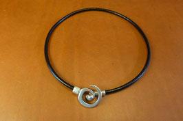 Collier Spirale en cuir Noir