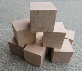 200 Holzwürfel (25x25x25 mm)
