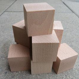 100 Holzwürfel (40x40x40 mm)