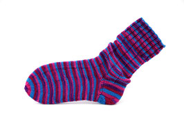 Socken- Handgestrickt Gr: 36-37  Fb: pink, lila, blau