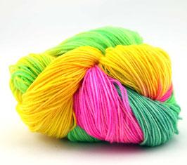 """Sockenwolle- handgefärbt  4fach """"Neon"""" Fb: pink, gelb, grün"""